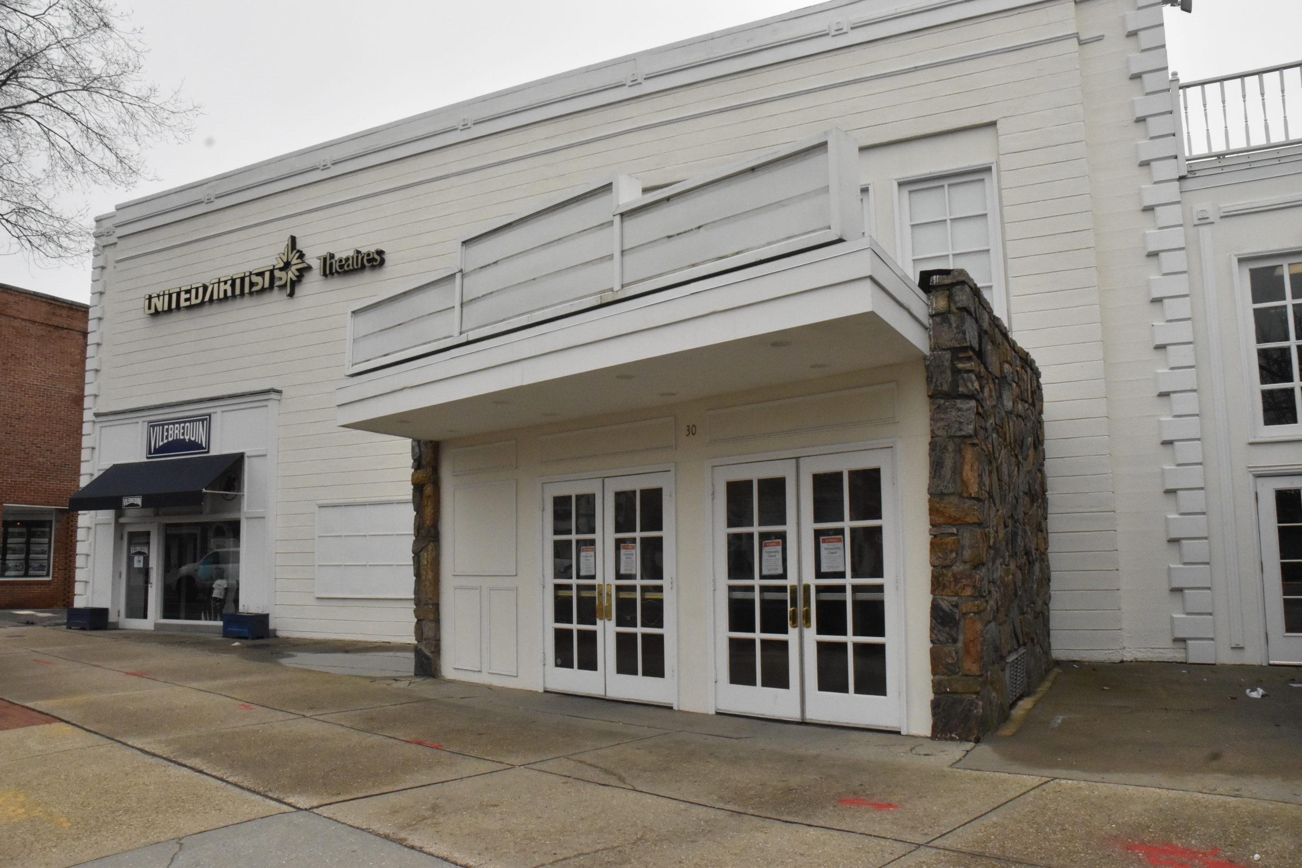 The marquee of the Regal UA Cinema in East Hampton is blank, reflecting its closure in response to the coronavirus criis. STEPHEN J. KOTZ