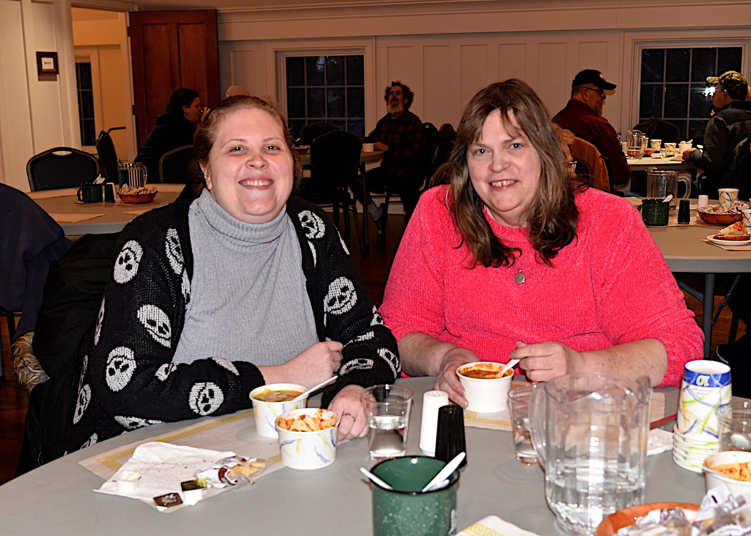 The deacons of the Amagansett Presbyterian Church hosted a Soup and Chili dinner on Saturday. Meredith and Dana Lester tried out the chili. KYRIL BROMLEY