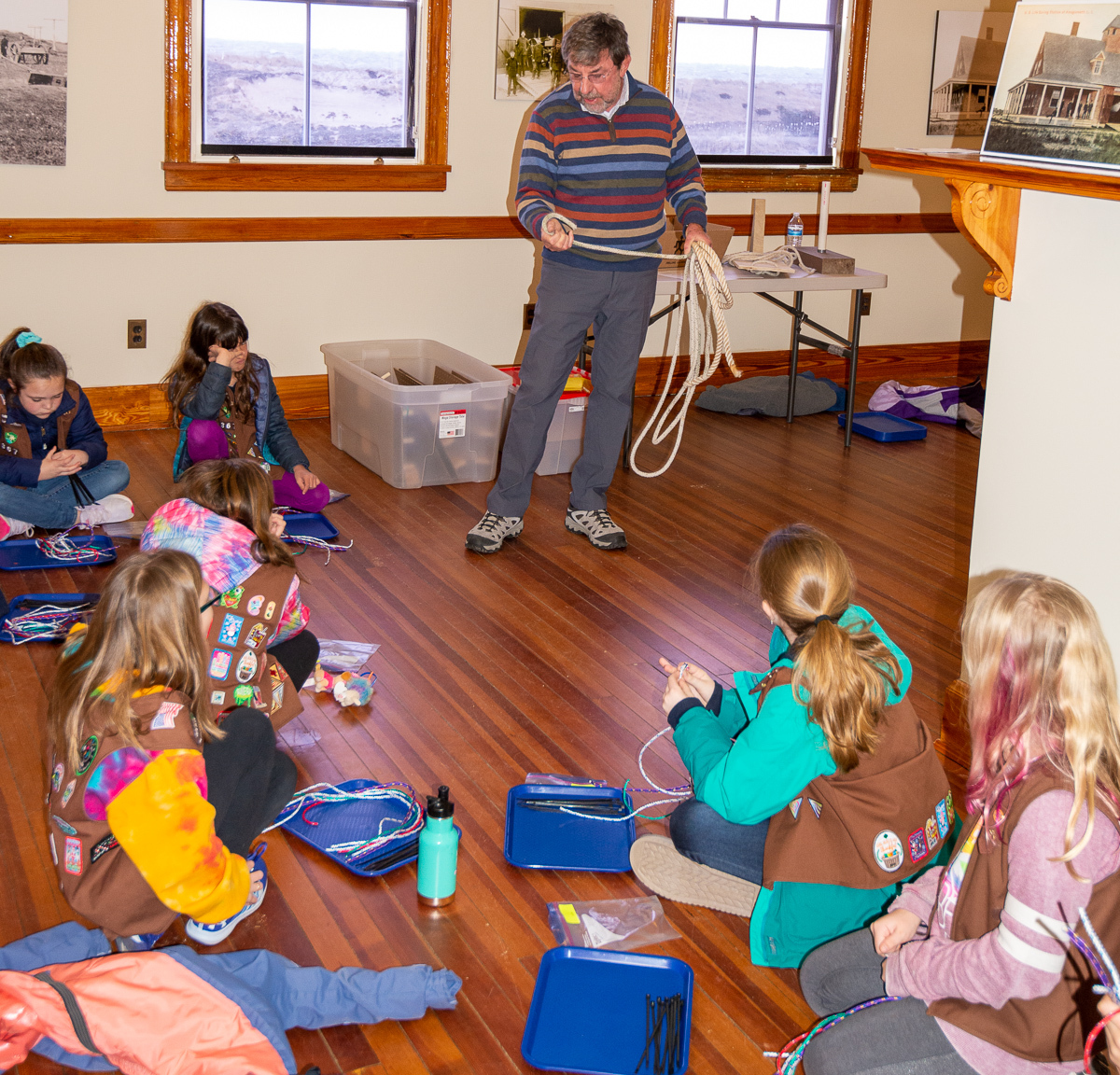 Children learning about knots.