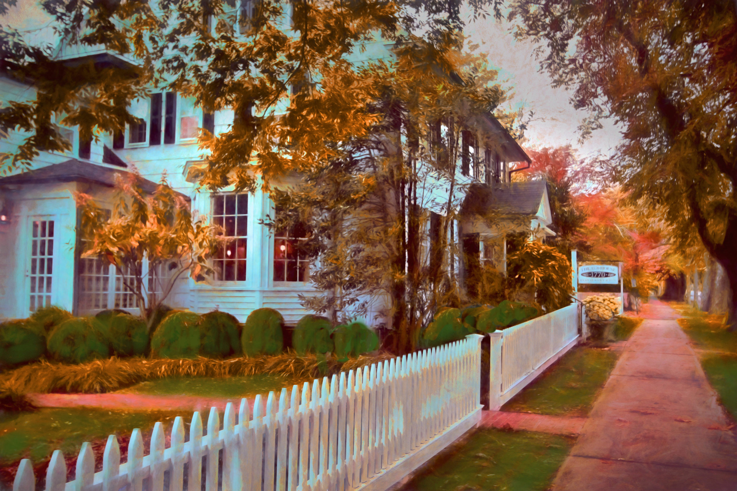 The 1770 House in fall.