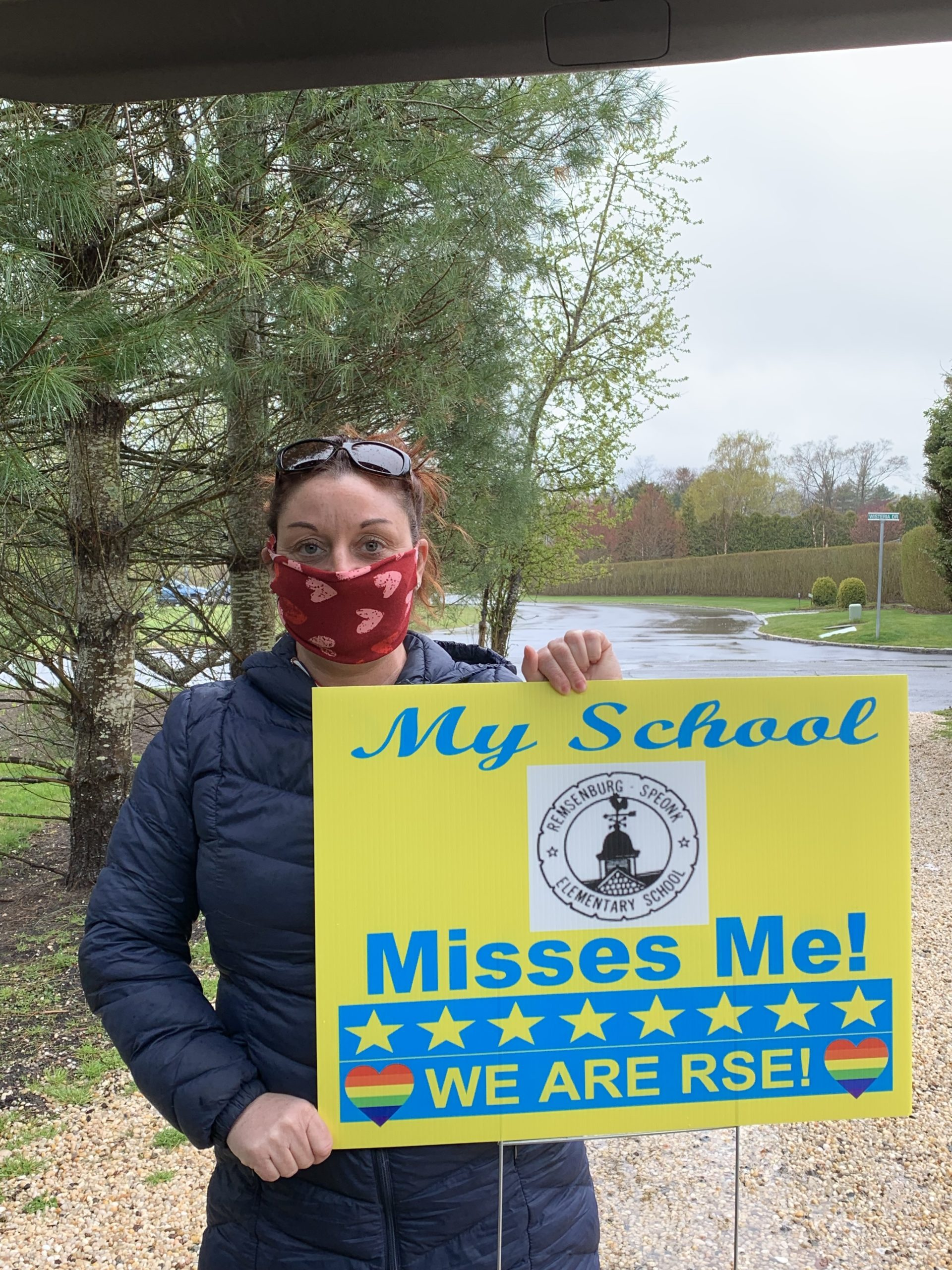 The Remsenburg-Speonk School District was also celebrating school spirit last week. Teachers delivered lawn signs to each of the households in our district in an effort to show students how much they are missed.