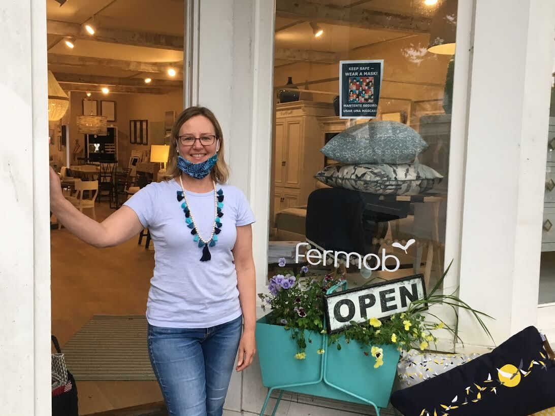 Shannon WIlley enjoyed the convivial atmosphere outside her shop, Sea Green Designs, on Jobs Lane. KITTY MERRILL