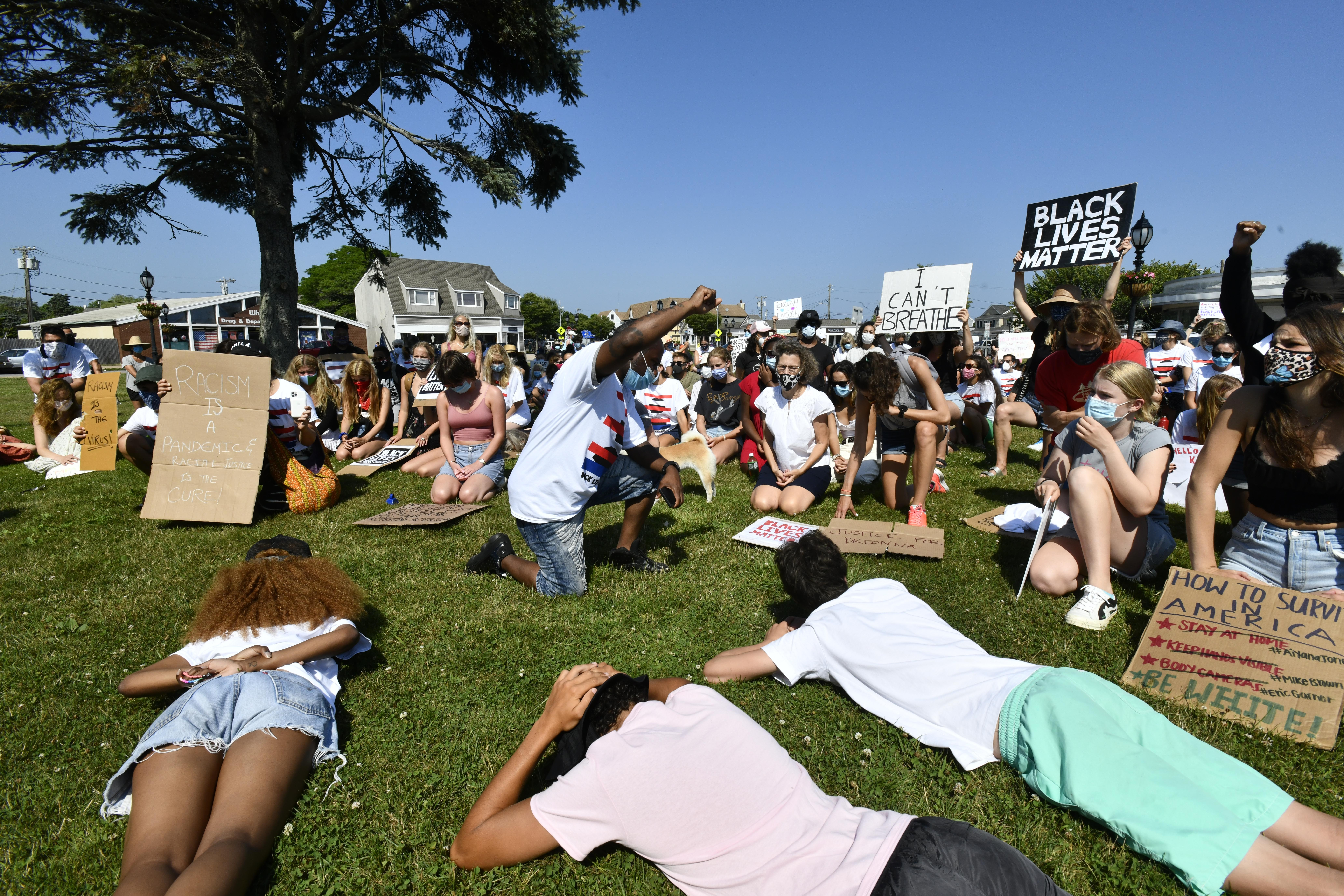 Protesters in Montauk on Monday.