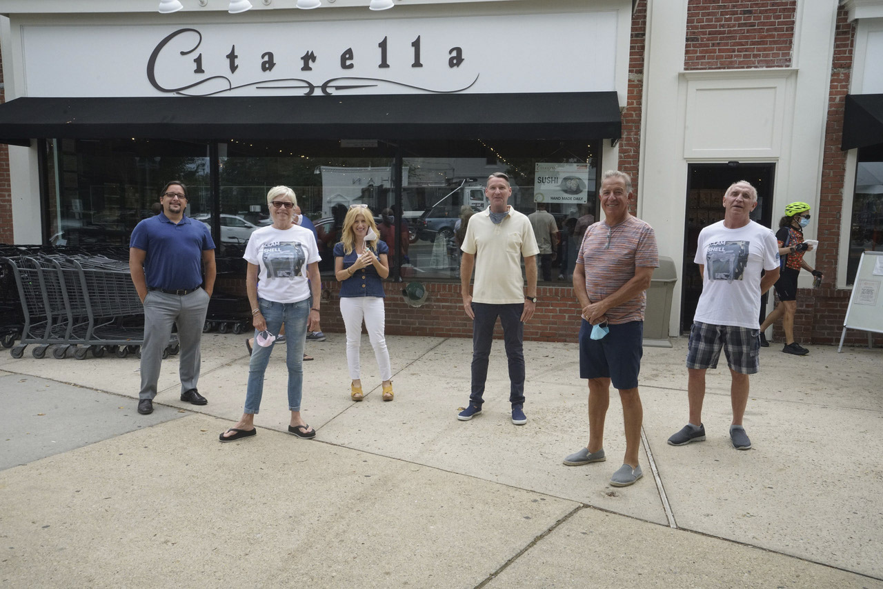 The East End Cares/Clamshell foundation Fund for Food campaign has raised a total of $126,000 so far, including nearly $54,000 in donations at the Citarella stores in Bridgehampton and East Hampton and $16,000 at the Citarella store in Southampton. $110,000 will go to the food pantries in East Hampton, Montauk, Springs and Sag Harbor, and $16,000 for Heart of the Hamptons. Left to Right are: Lau Zarate, Director of Store Operations, Citarella; Jill Kalbacher, Director of The Clamshell Foundation; Melissa Berman, Co-Founder of East End Cares; Christopher Barry, Lead Fundraising Volunteer, East End Cares; Joe Gurrera, Founder of Citarella; Billy Kalbacher, CEO of The Clamshell Foundation.            DOUG KUNTZ