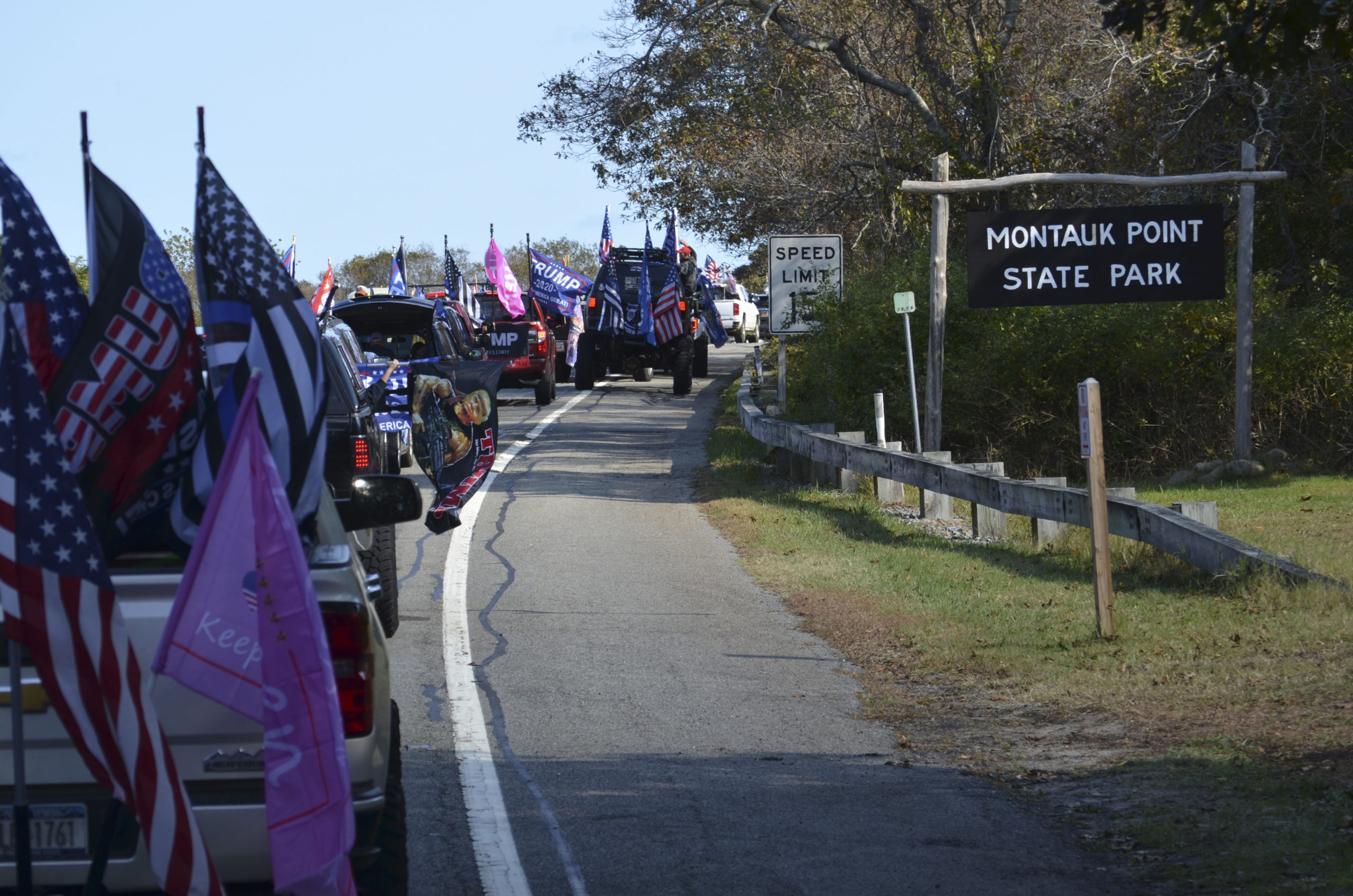 Supporters of President Donald Trump made their way from Seaford to Montauk on Sunday. JULIA HEMING