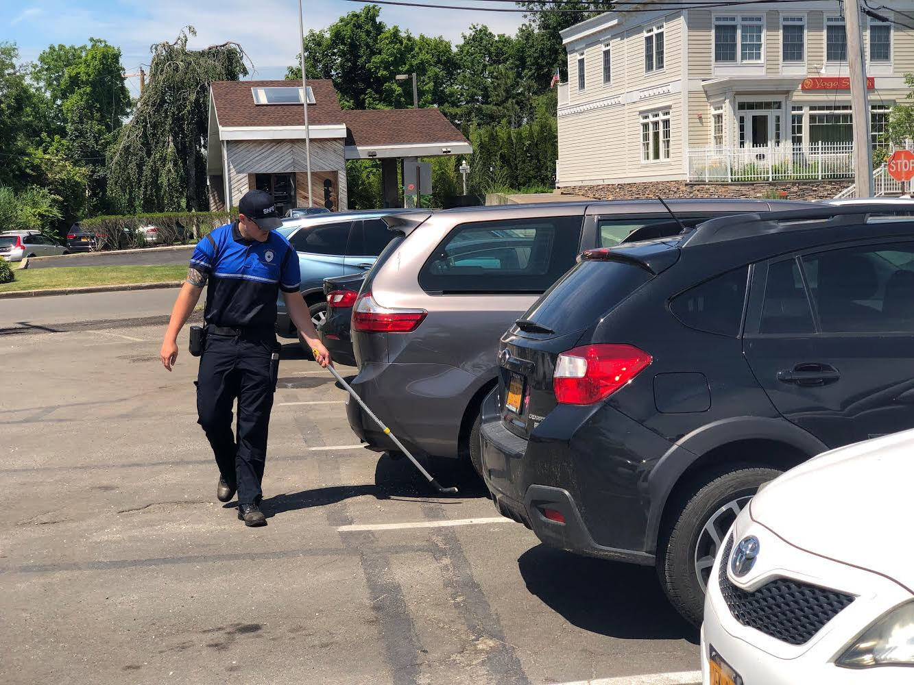 East Hampton Village will be moving to a license plate scanning system and smartphone app system that will allow car owners to pay to extend the amount of time their car will be parked to avoid a ticket.