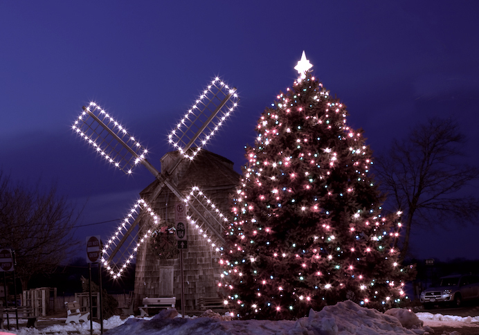 The Sag Harbor Chamber of Commerce hopes to spread cheer with its Sag Harbor Friday Night Lights Holiday Festival.