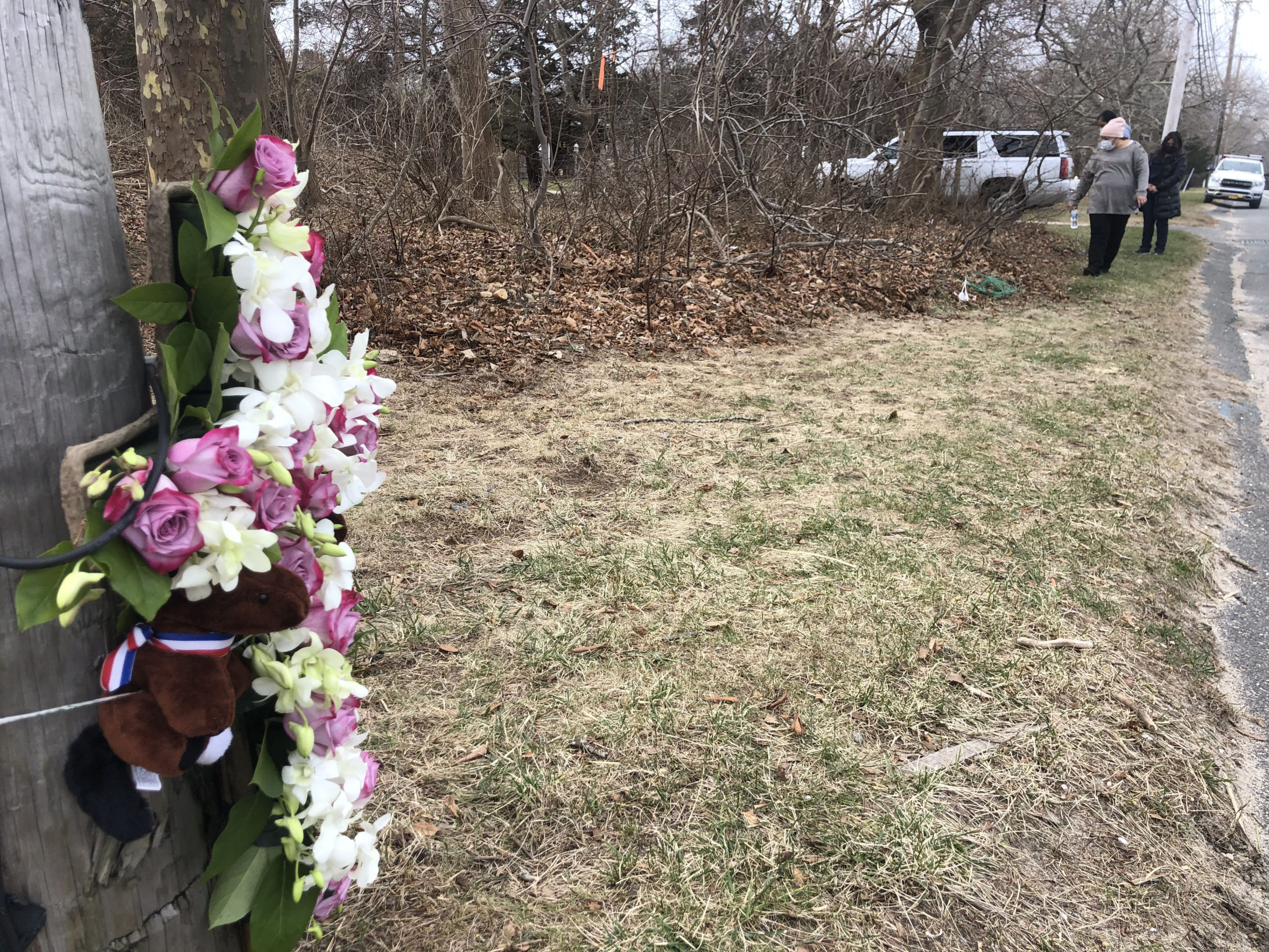 A memorial for hit and run victim Yuris Murillo Cruz has been erected near the accident site.