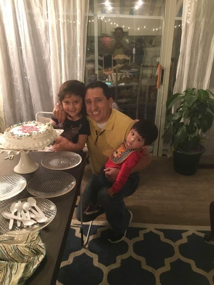 Wilson Murillo Cruz and his children.