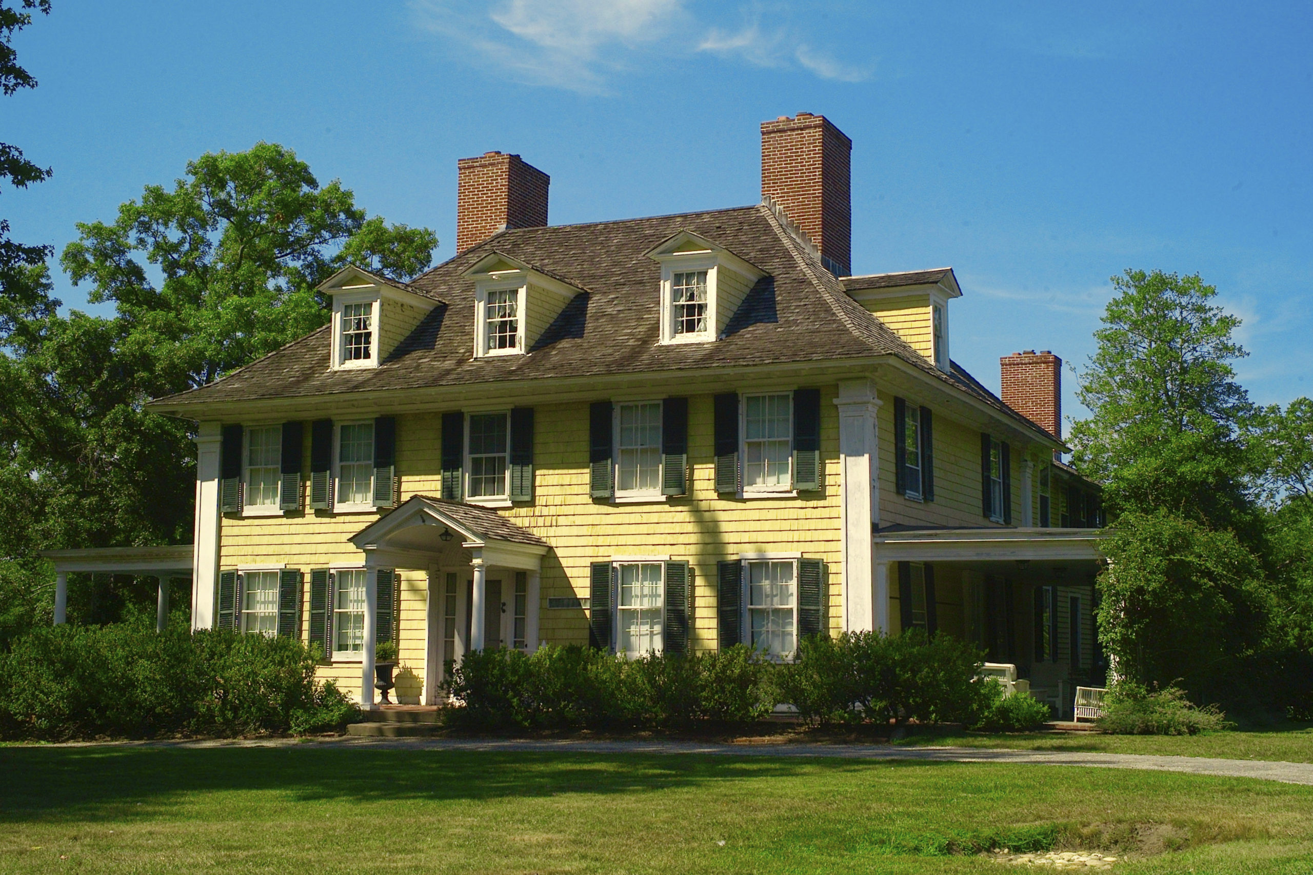 The Sylvester Manor house built 1737.