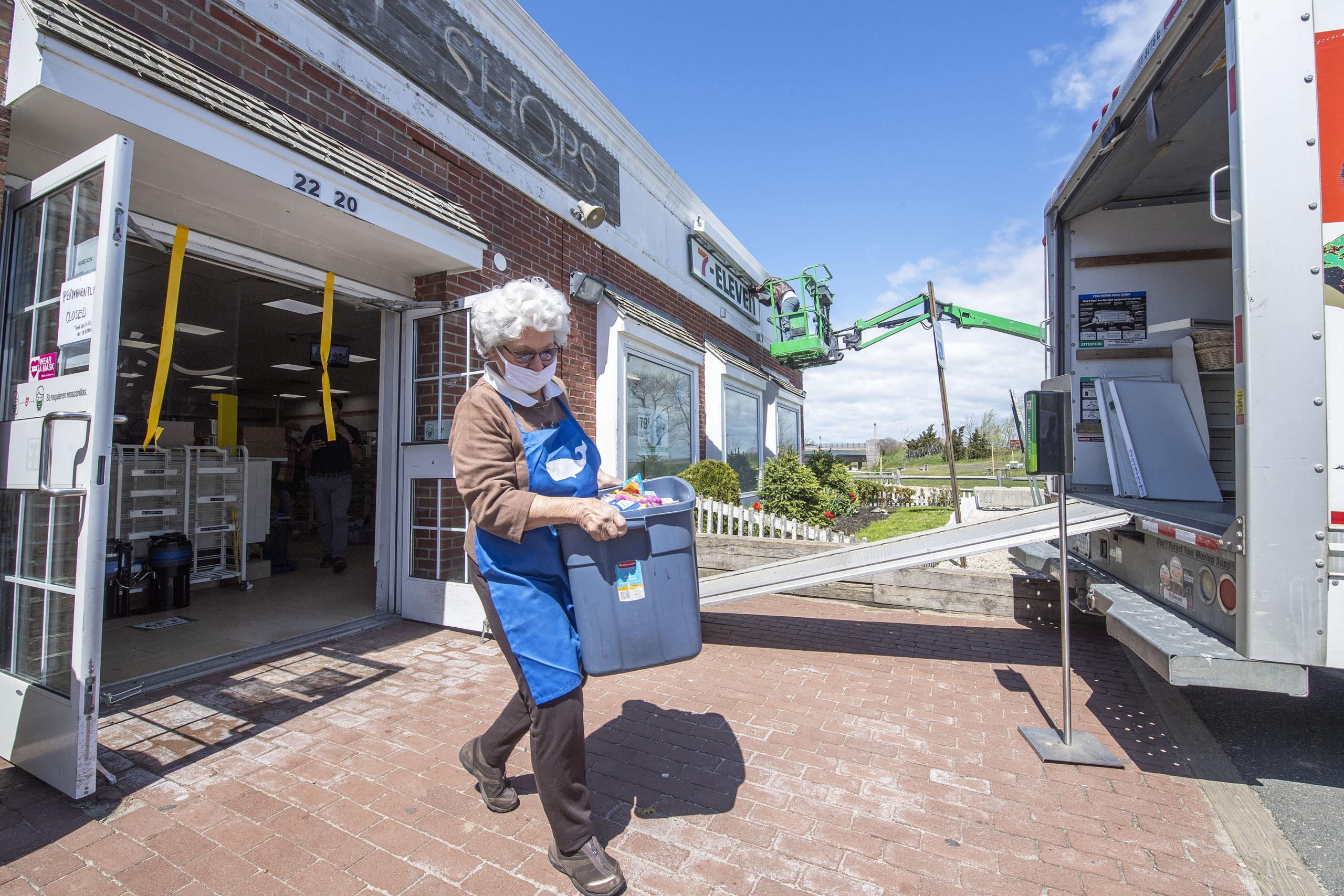 Sag Harbor Community Food Pantry Volunteer Executive Director Evelyn