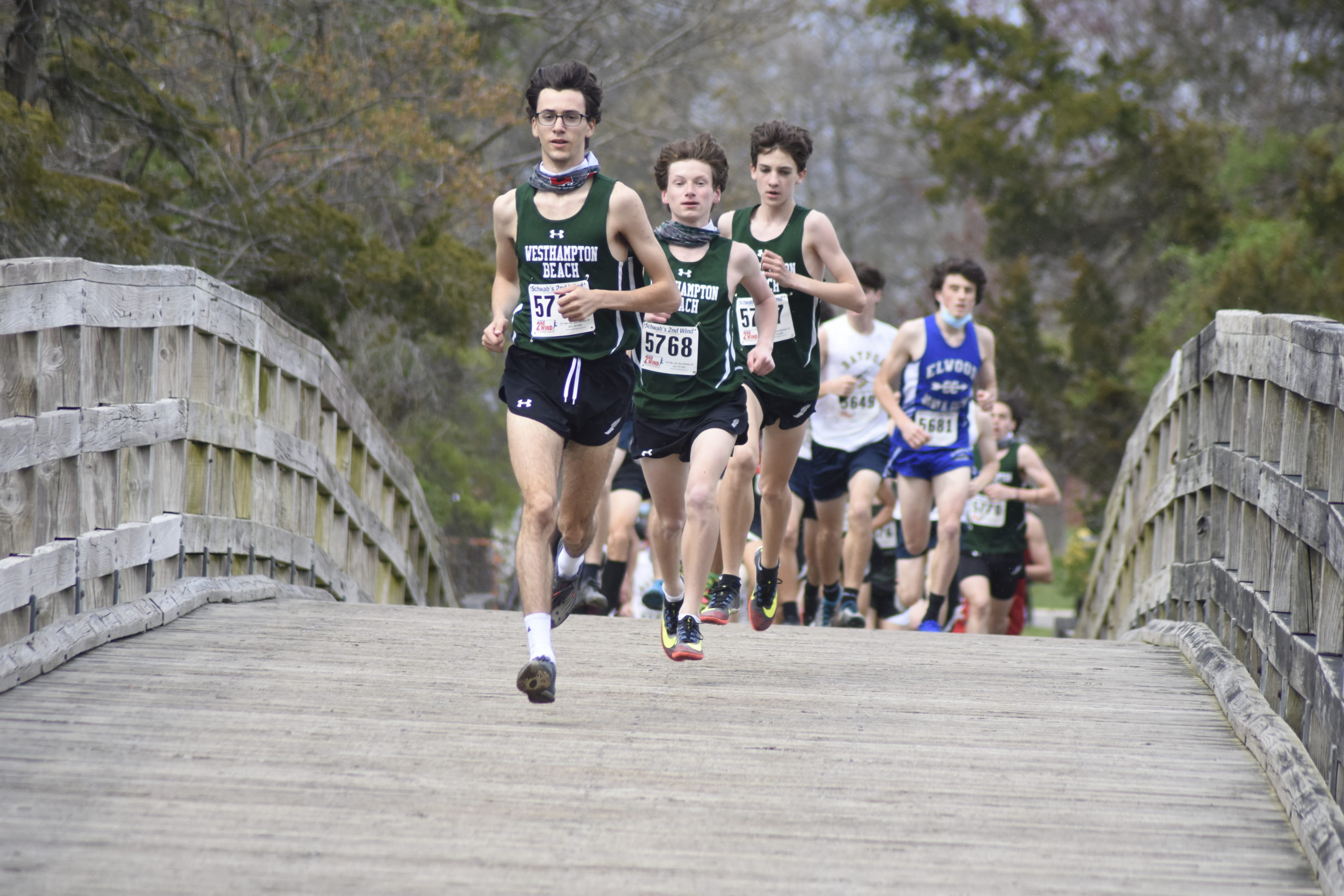 Gavin Ehlers, Max Haynia and Trevor Hayes lead the pack of the 'B race.
