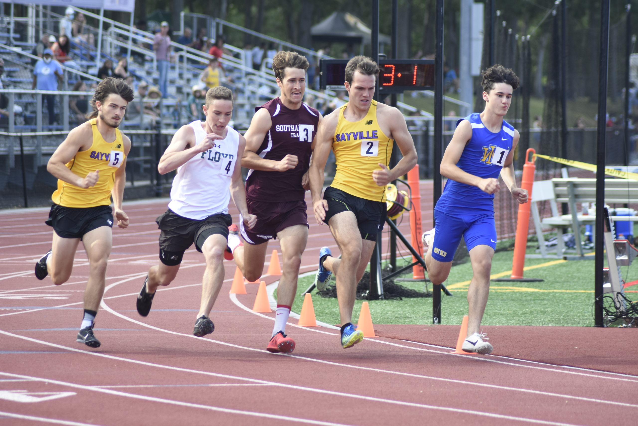 Junior Mariner Billy Malone placed ninth overall in the county in the 800-meter run.