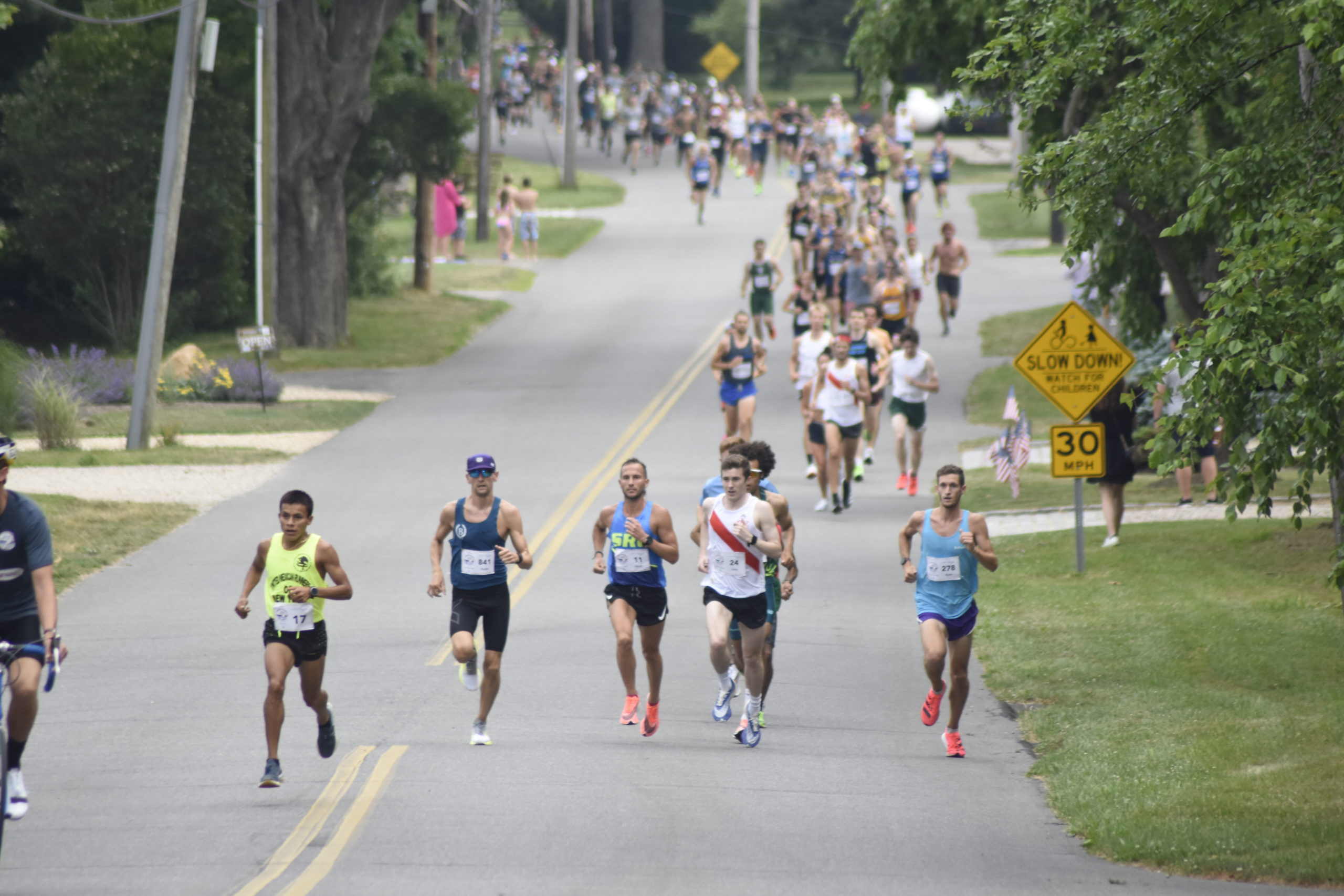 After having just a virtual race last year due to the pandemic, the 42nd annual Shelter Island 10K was done both live and virtually, with around 1,000 runners making the trip to compete on Saturday.