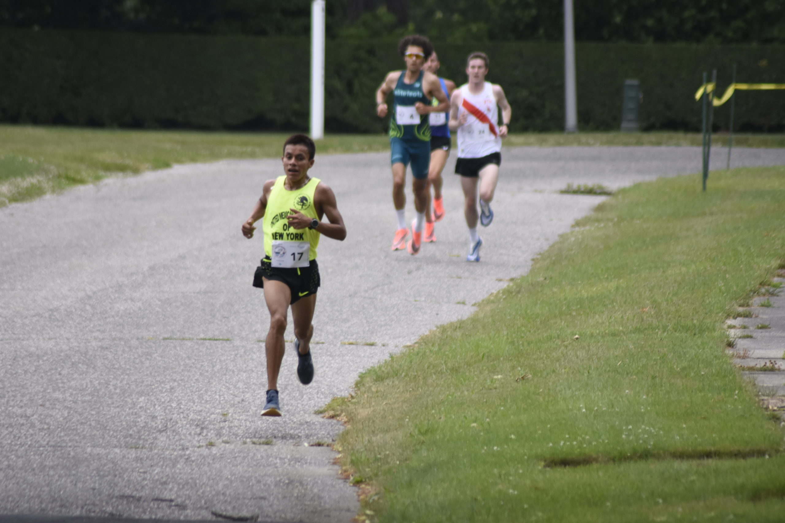 Patricio Castillo broke away from the pack a few times on Saturday but ultimately placed second overall in the 10K.
