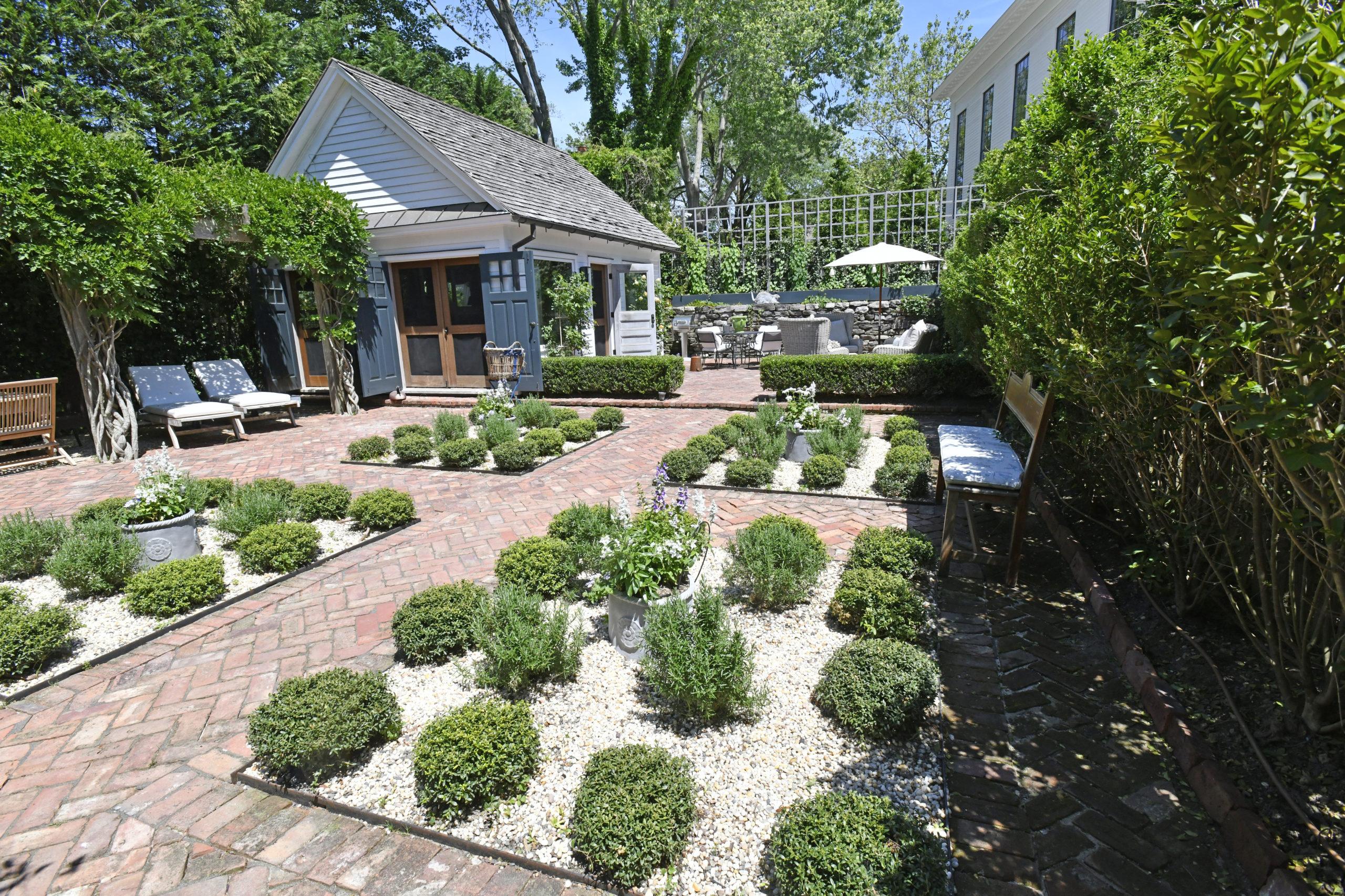 Cathleen Civale and Joe Fisher's Sag Harbor garden.  DANA SHAW