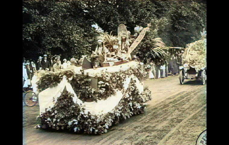 Hamptons Shinnecock float as seen in the Pathé News newsreel of East Hampton's Fourth of July parade in 1915.