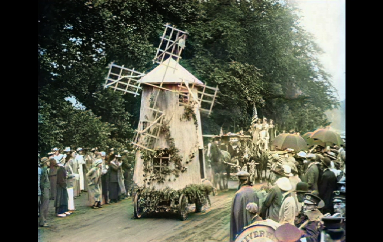 Hamptons windmill float in a newsreel of East Hampton's 1915 Fourth of July parade.