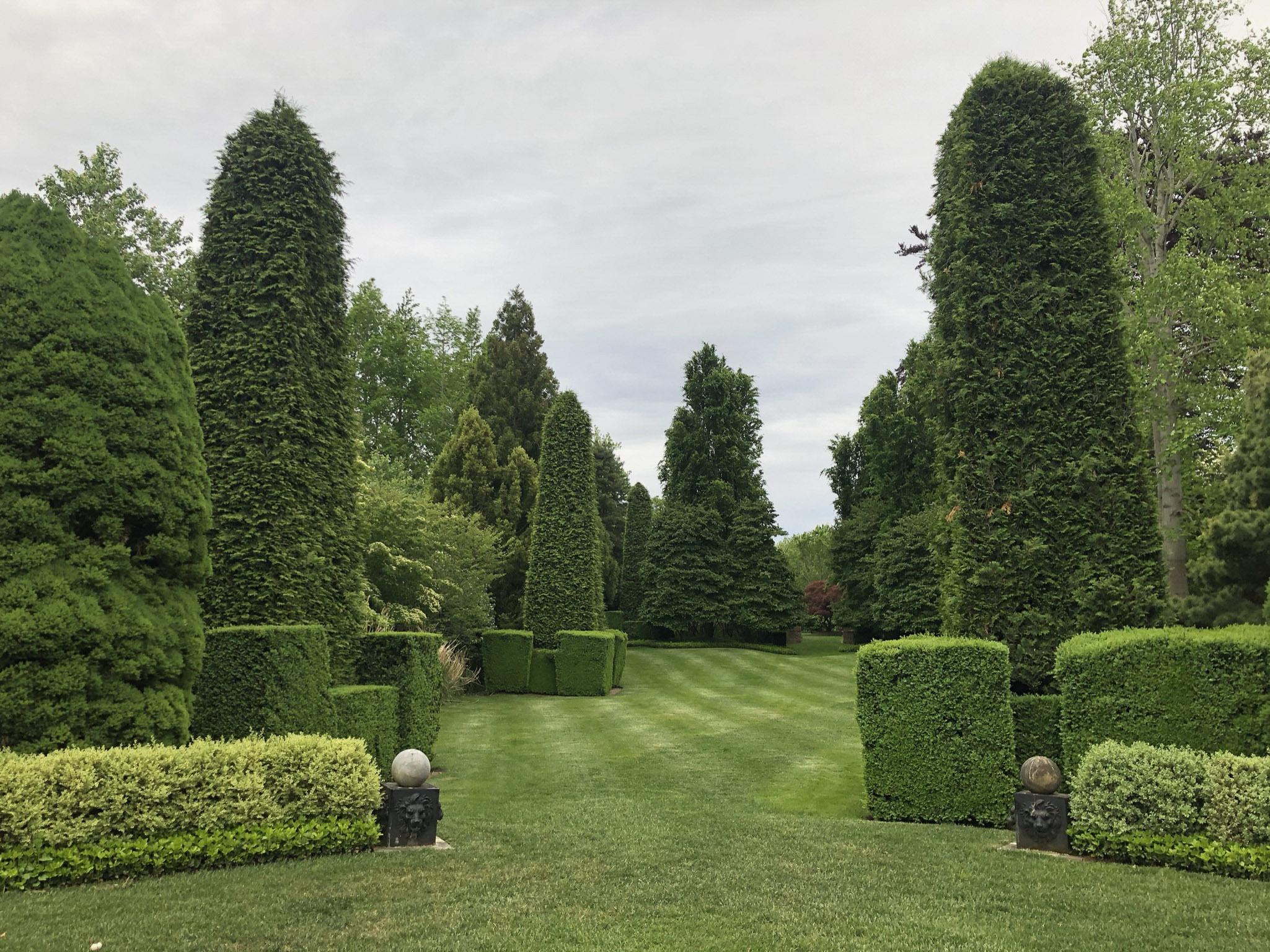 Tony Ingrao and Randy Kemper's East Hampton Garden.  COURTESY GUILD HALL