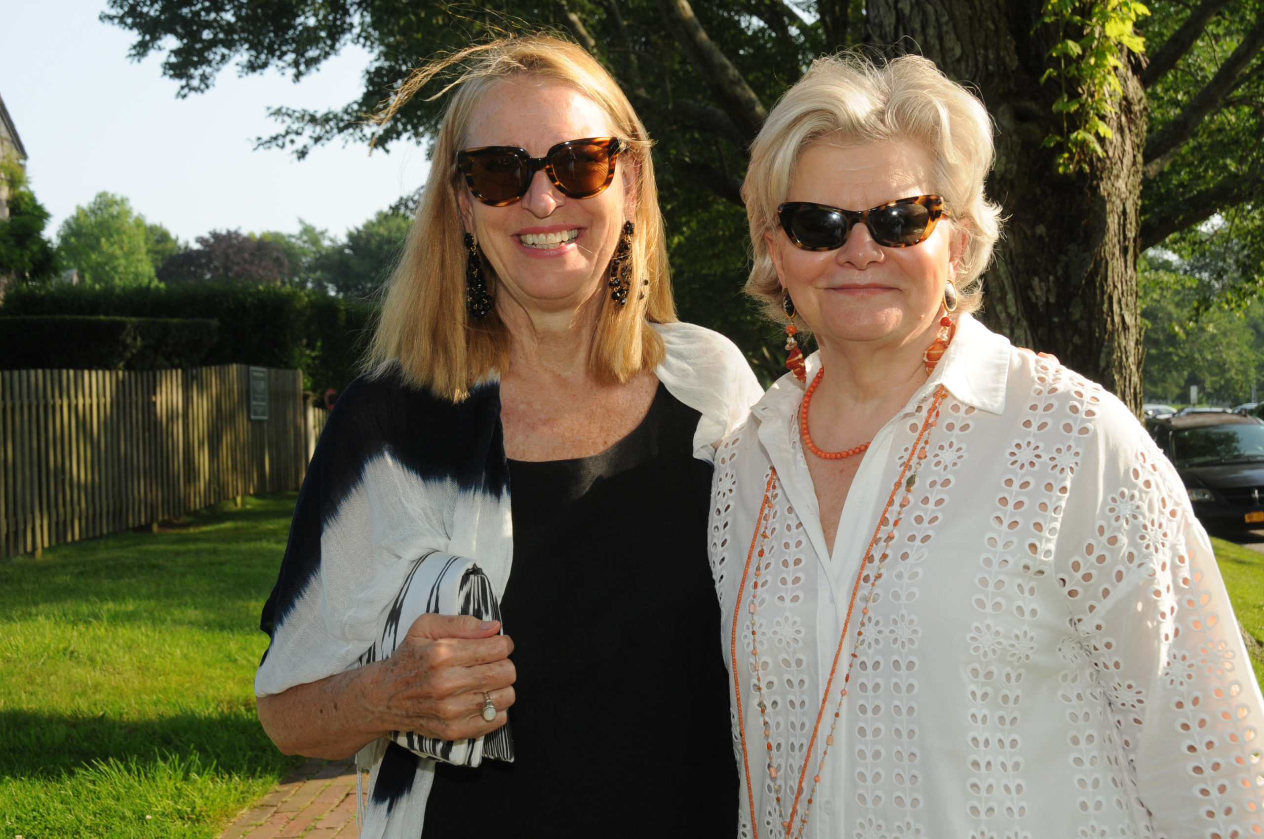 Anne Harris with interior designer Charlotte Moss at the  East Hampton Historical Society's preview benefit cocktail party for the 2021 East Hampton Antiques & Design Show on Friday evening on the grounds of Mulford Farm. RICHARD LEWIN