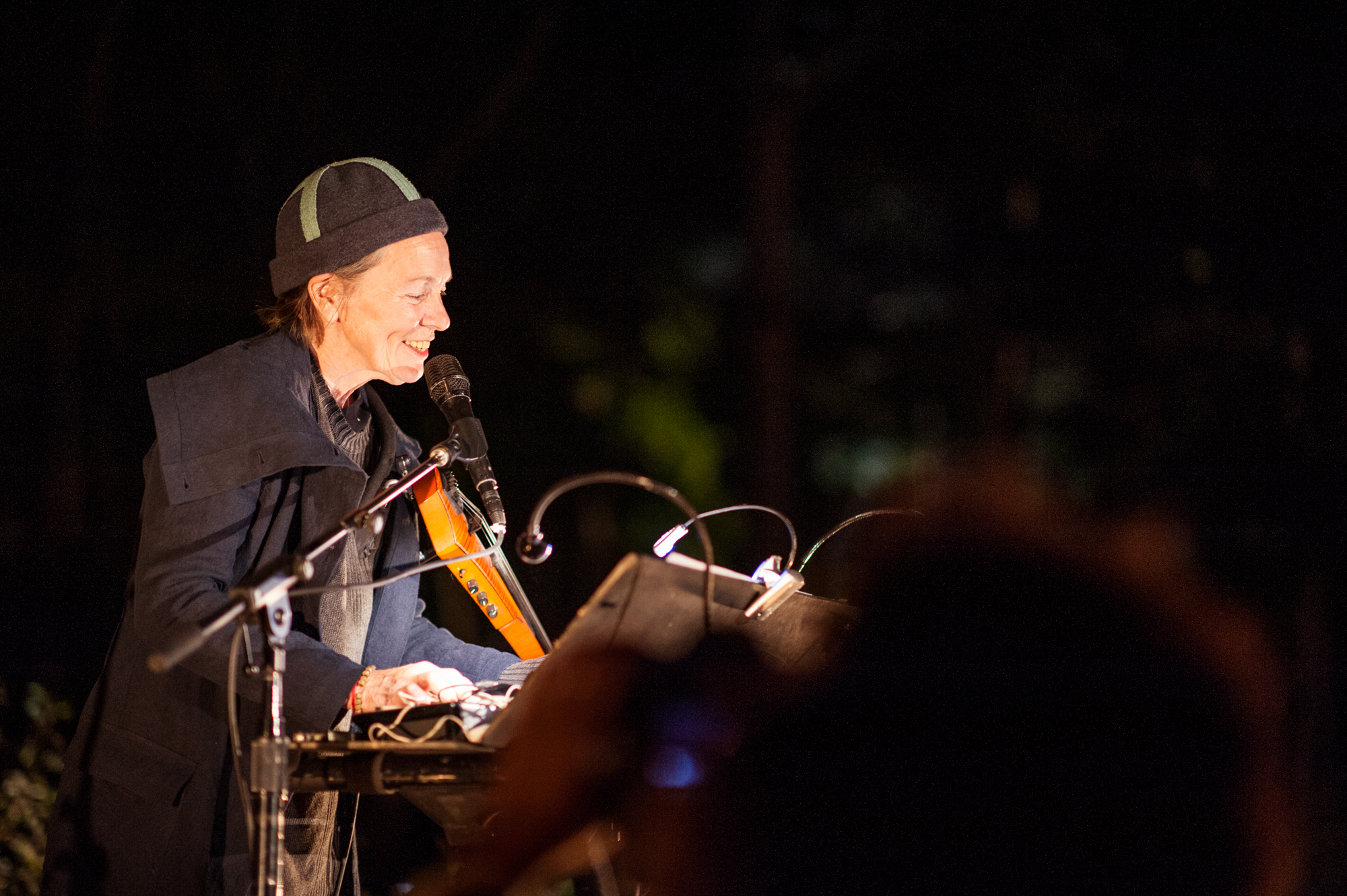 Laurie Anderson performing at