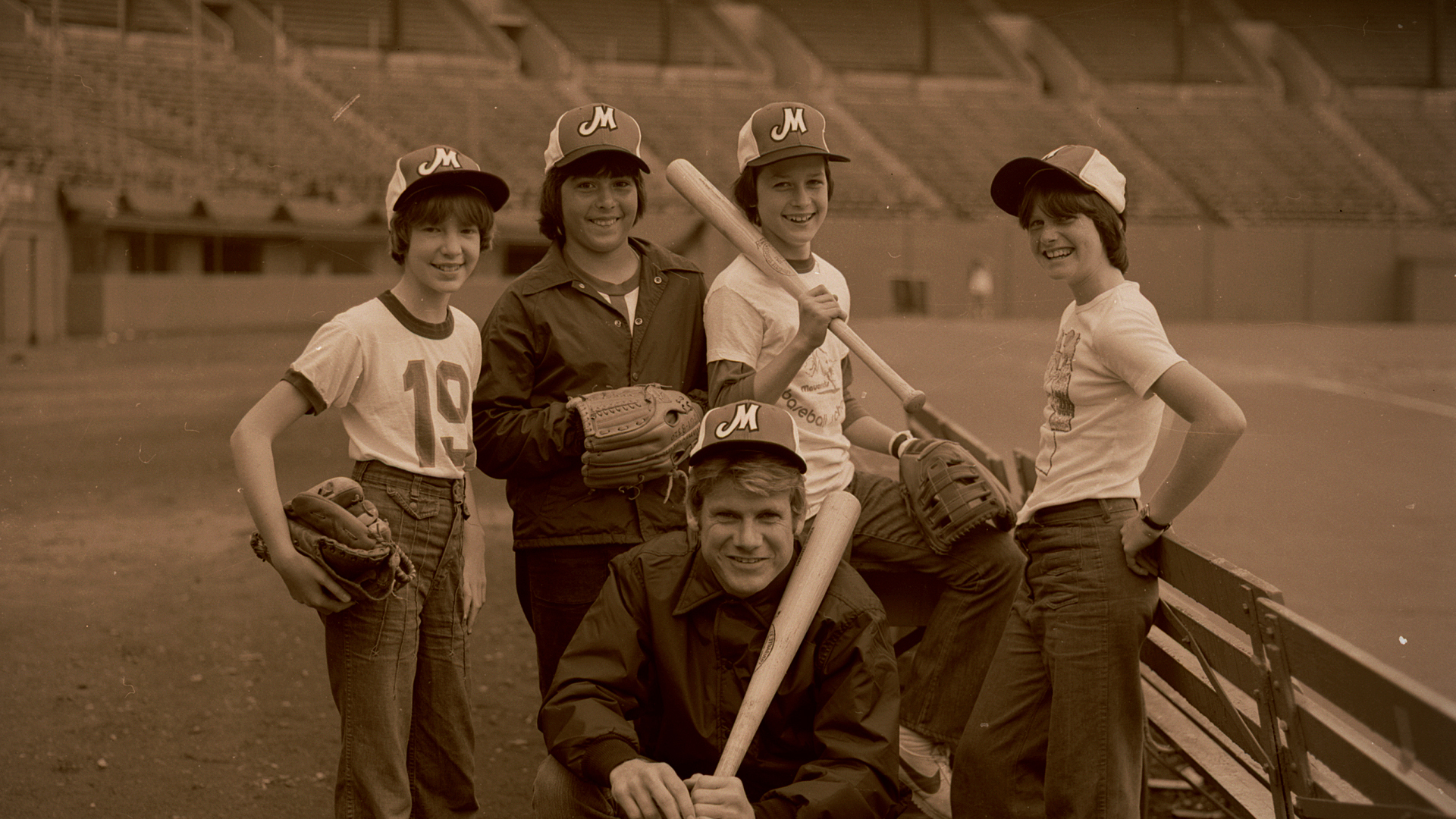 Rob Nelson and campers in an undated photo. Nelson also held camps at Civic Stadium in Portland, Oregon, as part of his Little Mavericks baseball program.