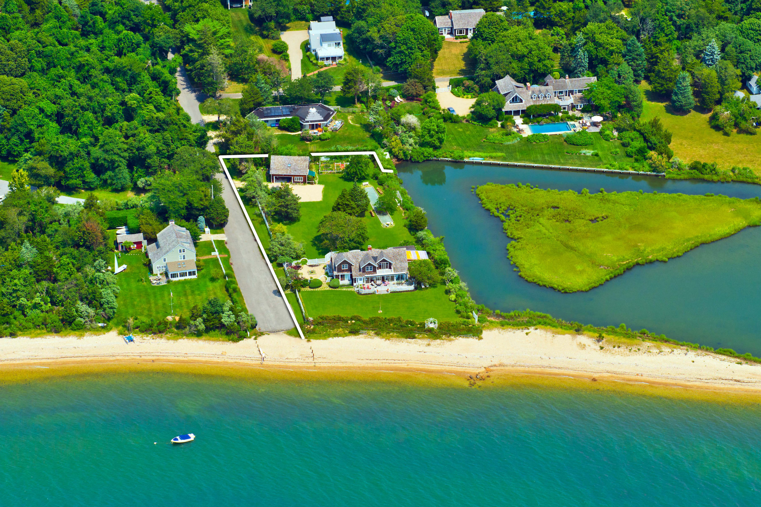 121 Sunset Beach Road. COURTESY SOTHEBY'S INTERNATIONAL REALTY