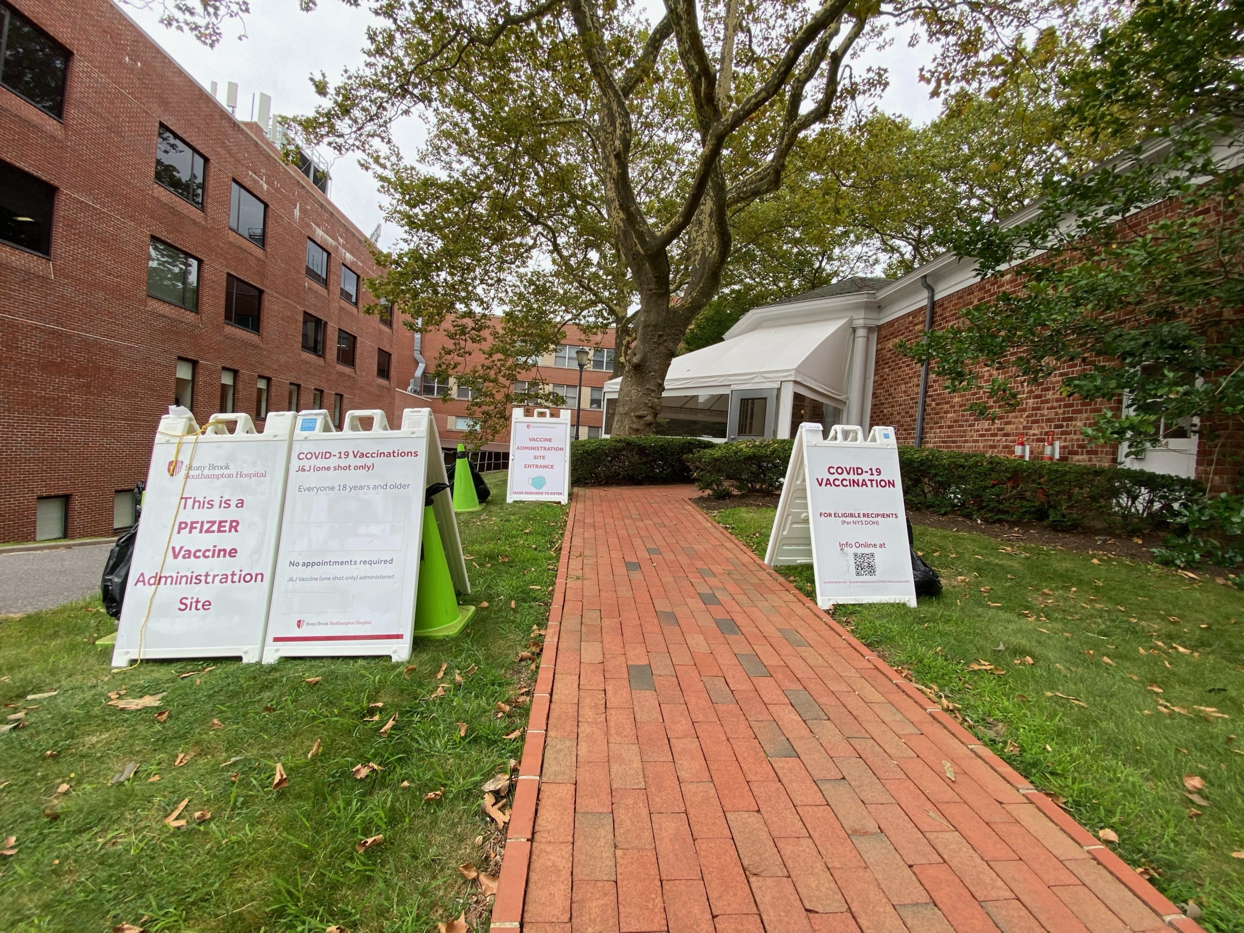 A walk-in vaccination clinic opened at Stony Brook Southampton Hospital on Tuesday. The clinic will offer vaccinations without appointment, prescription or charge, on Tuesdays, Wednesdays and Thursdays from noon to 6 p.m.