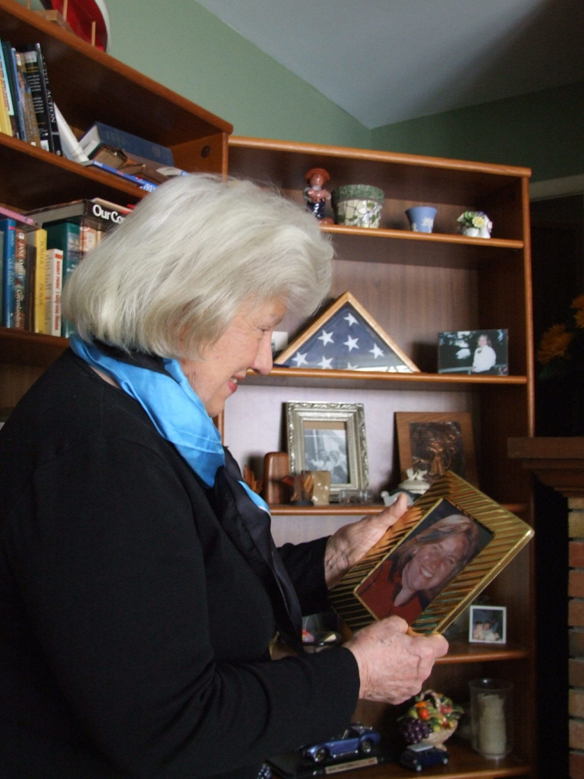 Doris Gronlund with a picture of her daughter, Linda, who died on United Airlines Flight 93 during the September 11, 2001, terrorist attacks.