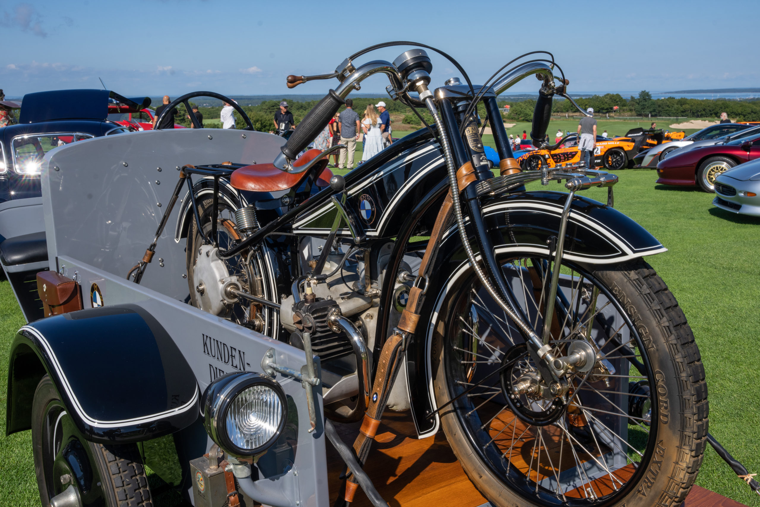 A 1923 BMW motorcycle.